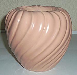 Franciscan Pottery Coronado Art Ware #157 Satin Coral (Image1)