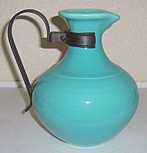 Franciscan Pottery El Patio Early Glacial Blue Carafe (Image1)