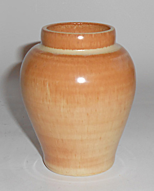 English Art Pottery Wheel Thrown Lt Brown Cabinet Vase