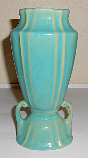 Cliftwood Art Pottery Green Twin Handled Vase! (Image1)