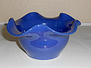 Bauer Pottery Matt Carlton Cobalt Ruffled Art Bowl! (Image1)