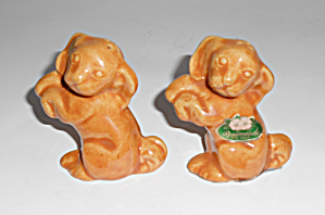 Rosemeade Pottery Russet Dog Salt/Pepper Shakers!  (Image1)
