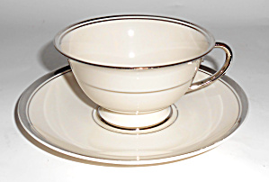 Franciscan Pottery Fine China Huntington Cup/Saucer Set (Image1)