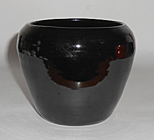 Rosemeade Pottery Bulbous Black Wheel Thrown Vase