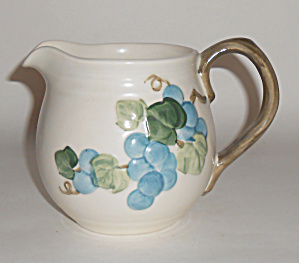 Metlox Pottery Poppy Trail Sculptured Grape 24oz Pit (Image1)