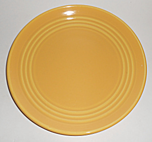 Bauer Pottery Ring Ware 3rd Period Yellow 9-3/8 Plate