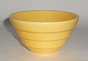 Bauer Pottery #36 Wide Step Yellow Mixing Bowl Mint
