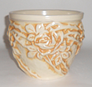 Peters And Reed Art Pottery Ivory #216 Rose Jardiniere