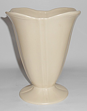 Catalina Island Pottery #323 Ivory Fluted/footed Vase