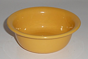 Bauer Pottery Plain Ware Yellow Ramekin Mint (Image1)