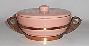 Bauer Pottery Gloss Pastel Kitchenware Pink Casserole  (Image1)