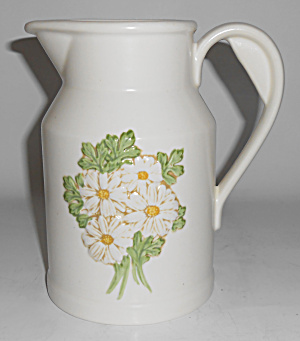 Metlox Pottery Poppy Trail Sculptured Daisy 24oz Pit