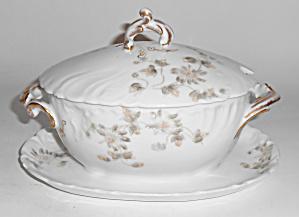 Chas Field Haviland Limoges Grey Daisy Gravy Bowl W/Lid (Image1)