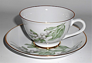 Hutschenreuther China Porcelain Green Leaves W/berries
