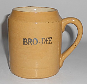 Bauer Pottery Early Yellow Ware Beer Mug #3 (Image1)