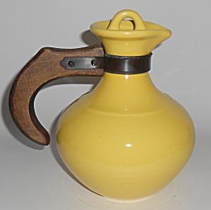 Franciscan Pottery El Patio Bright Gloss Yellow Carafe  (Image1)