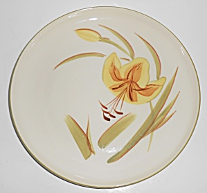 Winfield Pottery China Tiger Iris Dinner Plate