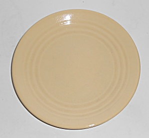 Bauer Pottery Ring Ware Ivory Bread Plate (Image1)