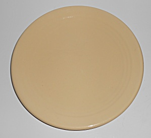 Bauer Pottery Ring Ware IVORY 9-5/8'' Plate (Image1)