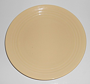 Bauer Pottery Ring Ware IVORY 9-1/2'' Plate (Image1)