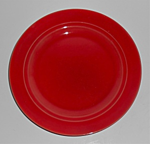 Franciscan Pottery Montecito Ruby Luncheon Plate (Image1)