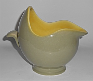 Winfield China Pottery Early Green/chartreuse Gravy B