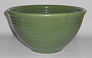 Bauer Pottery Ring Ware #9 Inside Ring Olive Mix Bowl (Image1)