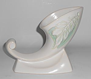 Roseville Art Pottery Silhouette 722 Cornucopia Vase (Image1)