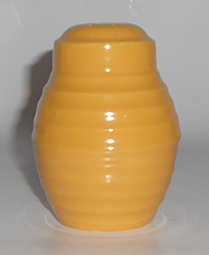 Bauer Pottery Ring Ware Yellow Barrel Shaker #3 (Image1)