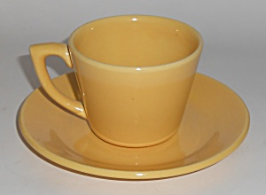Bauer Pottery La Linda Yellow Cup & Saucer Set (Image1)
