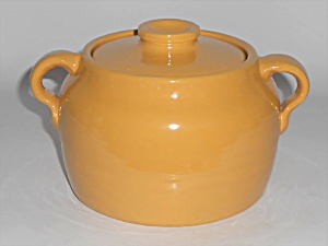 Bauer Pottery Plain Ware Yellow 1 Quart Bean Pot