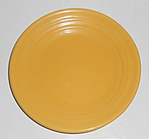 Bauer Pottery Ring Ware Yellow Bread Plate (Image1)