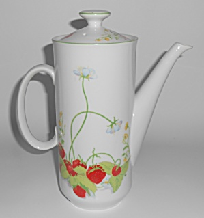 Mann China Strawberry Hill Coffee Pot W/lid