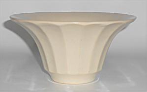 Bauer Pottery Hi-Fire White #211 Deep Flower Bowl (Image1)