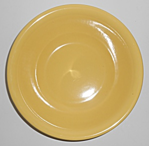 Metlox Pottery Poppy Trail Series 200 Gloss Yellow Roun (Image1)