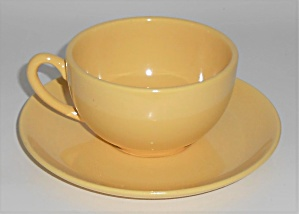 Metlox Pottery Poppy Trail Series 200 Gloss Yellow Cup