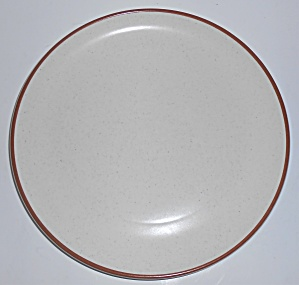 Metlox Pottery Poppy Trail California White Tempo Din