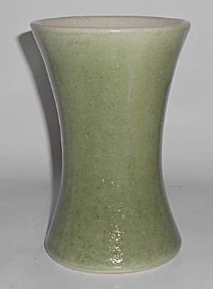 Pacific Pottery Stoneware Green Wheel Thrown Carnation  (Image1)