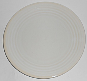 Bauer Pottery Ring Ware White 9.5'' Plate