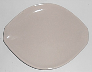 Roseville Pottery Raymor Contemporary White Bread Plate