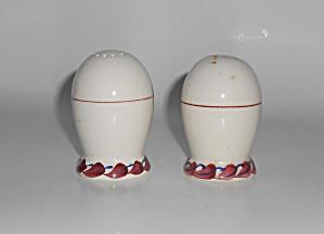Vernon Kilns Pottery Monterey Salt & Pepper Shaker Set (Image1)
