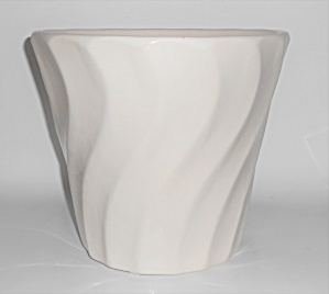 Bauer Pottery White 10'' Swirl Flower Pot