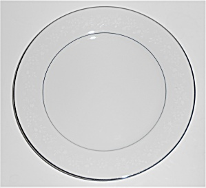 Noritake China Porcelain Buckingham Platinum Band Salad