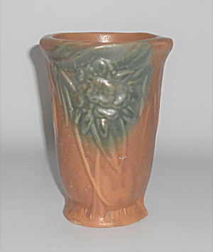 Nelson Mccoy Art Pottery Tan/green Leaves/berries 6'' V