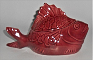Bauer Pottery Chicken Of The Sea Burgundy Tuna Baker