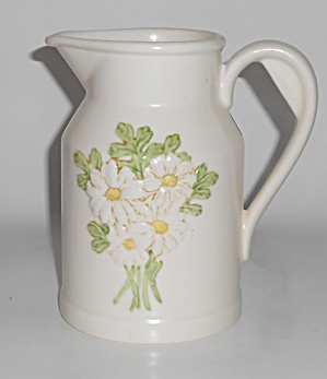 Metlox Pottery Poppy Trail Sculptured Daisy Pitcher