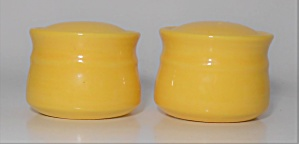 Metlox Pottery Poppy Trail Colorstax Yellow Salt & Pepp