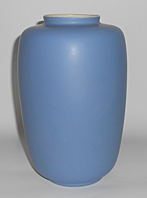 Coors Art Pottery Blue/White Minturn Vase (Image1)
