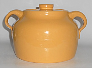 Bauer Pottery Plain Ware Yellow 2 Quart Bean Pot