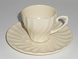 Metlox Pottery Poppy Trail Yorkshire Ivory Demi Cup & S